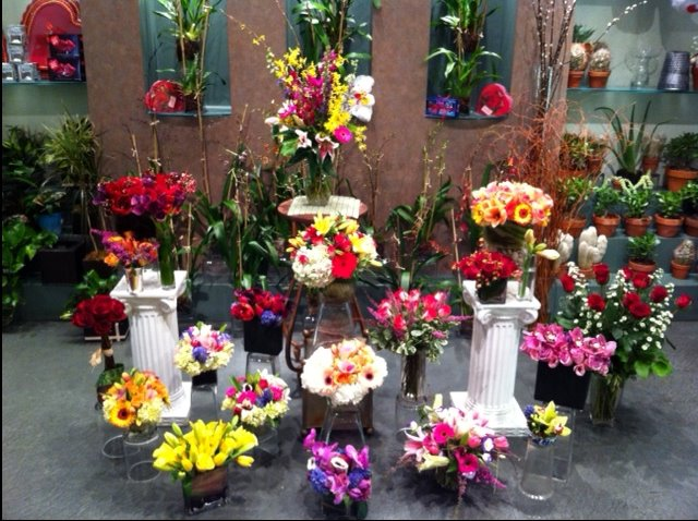 Peter's-Flowers-Floral-Arrangements