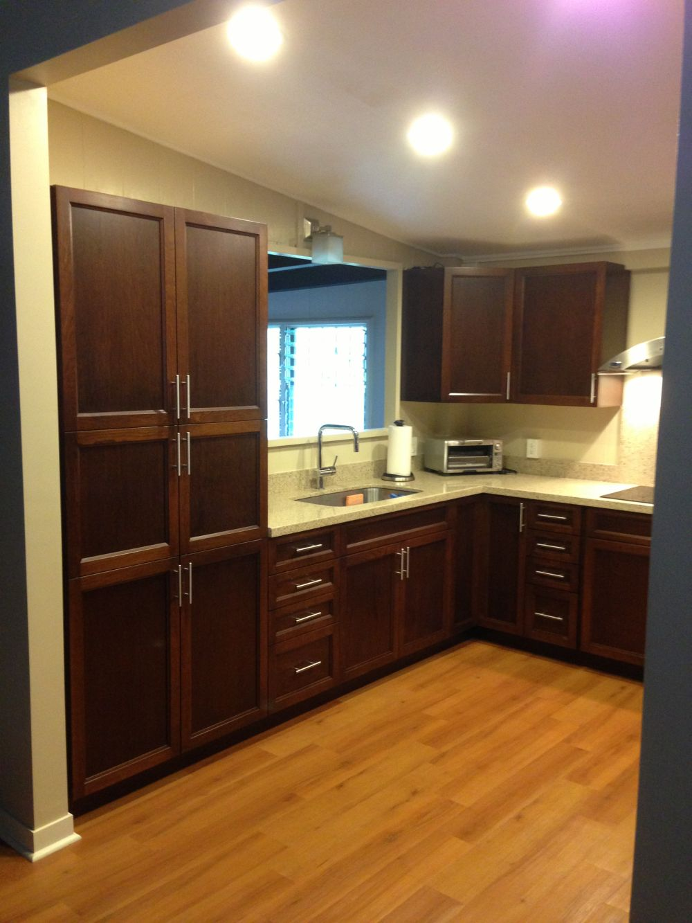 Organize your kitchen with new cabinets from cabinets for Kitchen design unlimited