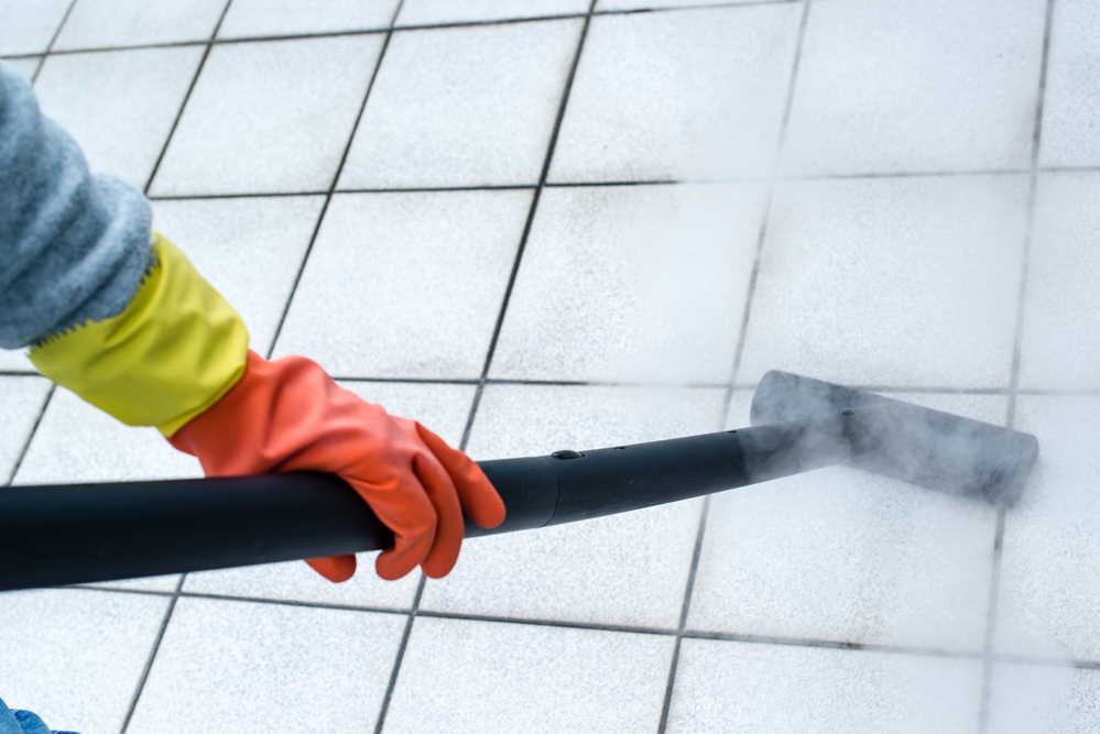 3 tile grout cleaning tips from the experts heavens for Best way to clean mould off tile grout