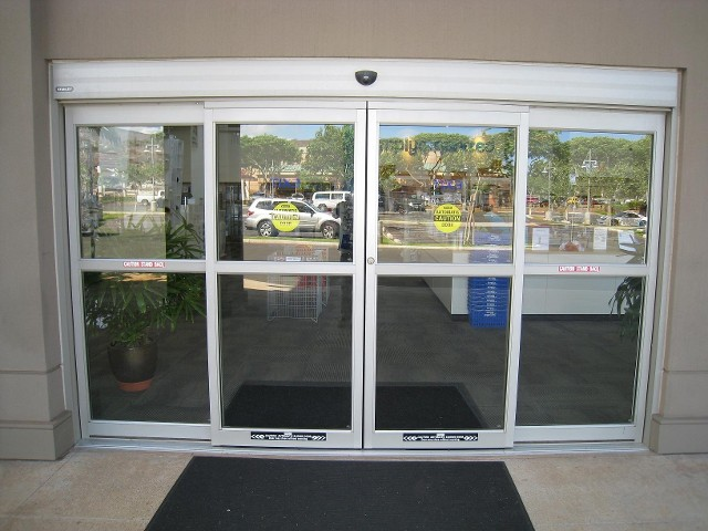 Installing automatic doors for your hawaii business