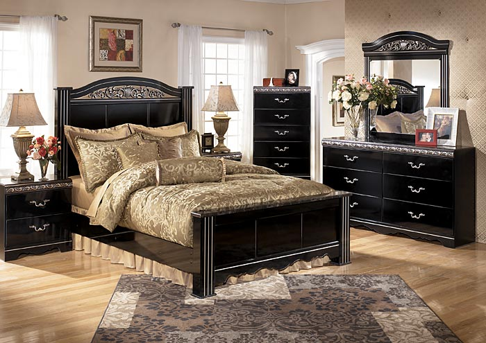 Since 1976  the family behind Woods Furniture Gallery has served customers  in the Granbury  TX area with the same dedication and expertise they would  employ. Turn to The Living Room And Bedroom Furniture Experts For a New