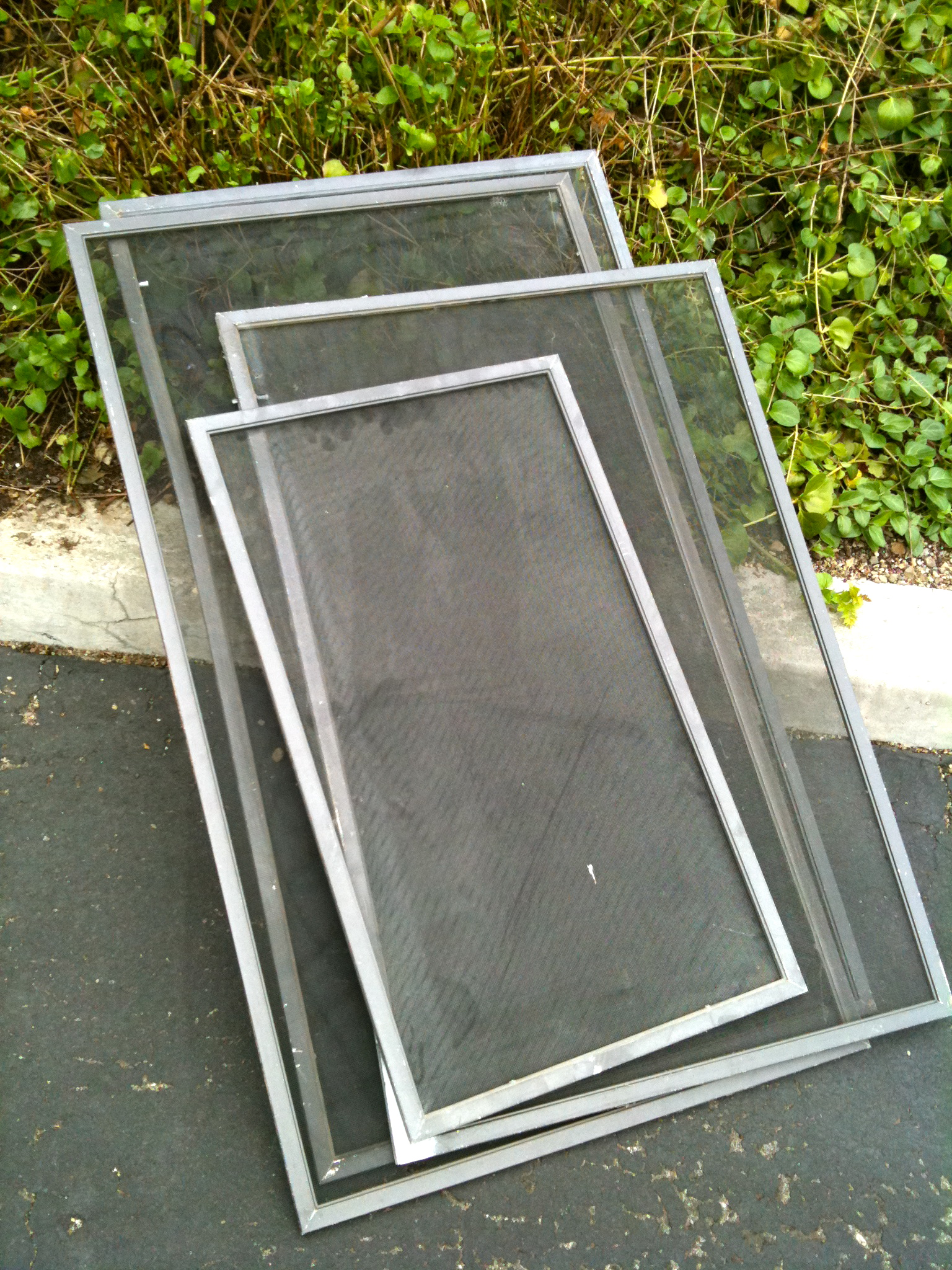 Beat The Rush On Window Screen Repair Amp Replacement At