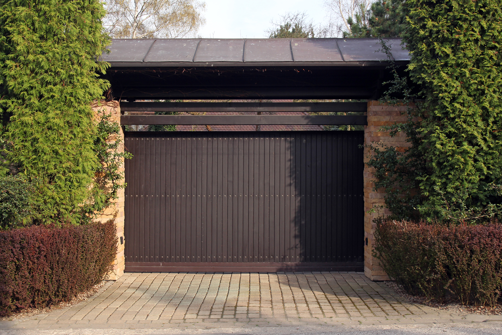 3 overhead garage door issues you should never try to fix yourself overhead garage door solutioingenieria Image collections