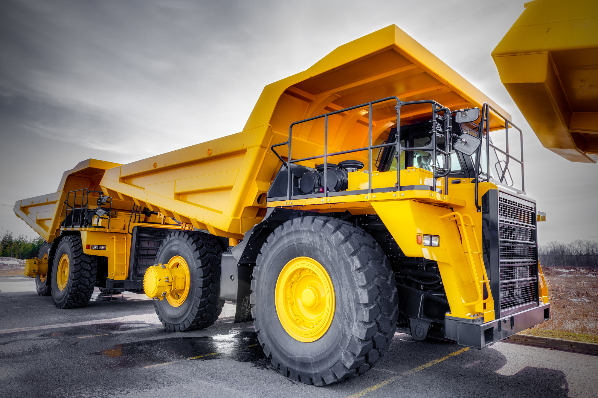 3 essential safety tips for handling dump trucks u0026 heavy equipment