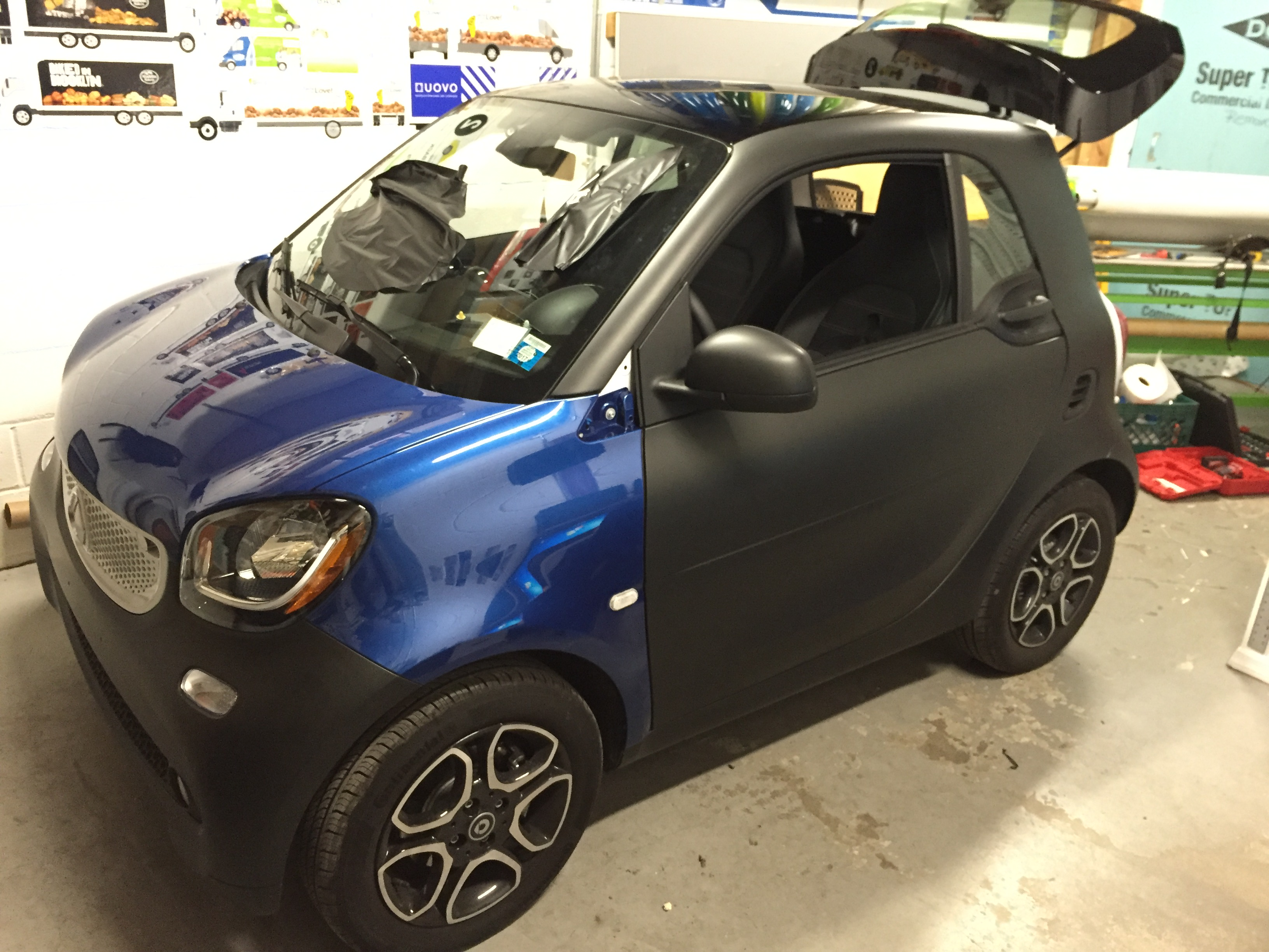 Smart Car 4two Full Wrap Black Matte Dtm Signs And Truck Wraps