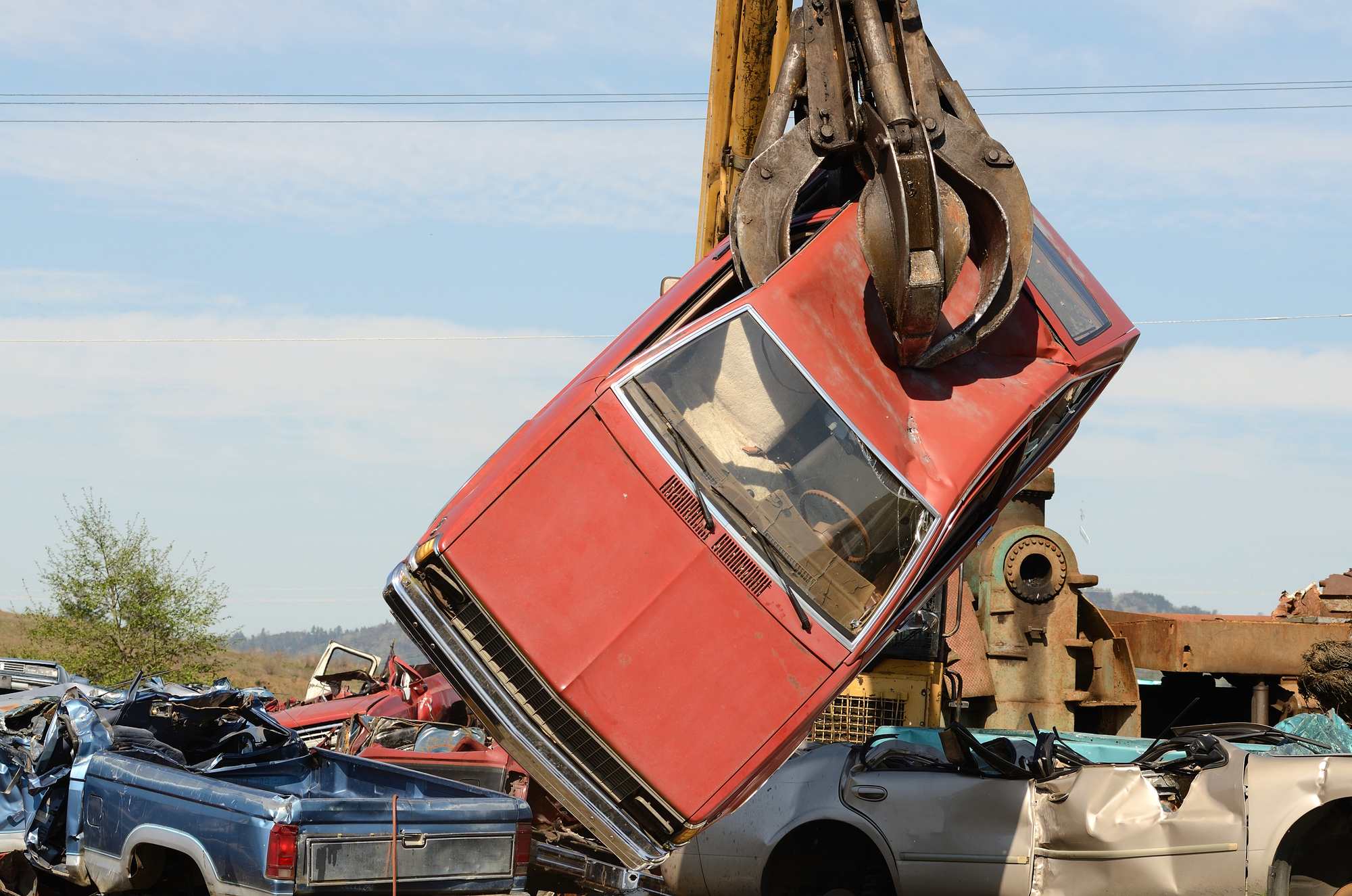Auto Recycling in 3 Easy Steps - Kev\'s Towing & Auto Salvage ...