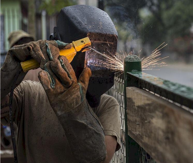 mobile-welding