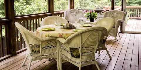 Raymond NE Outdoor Living Space