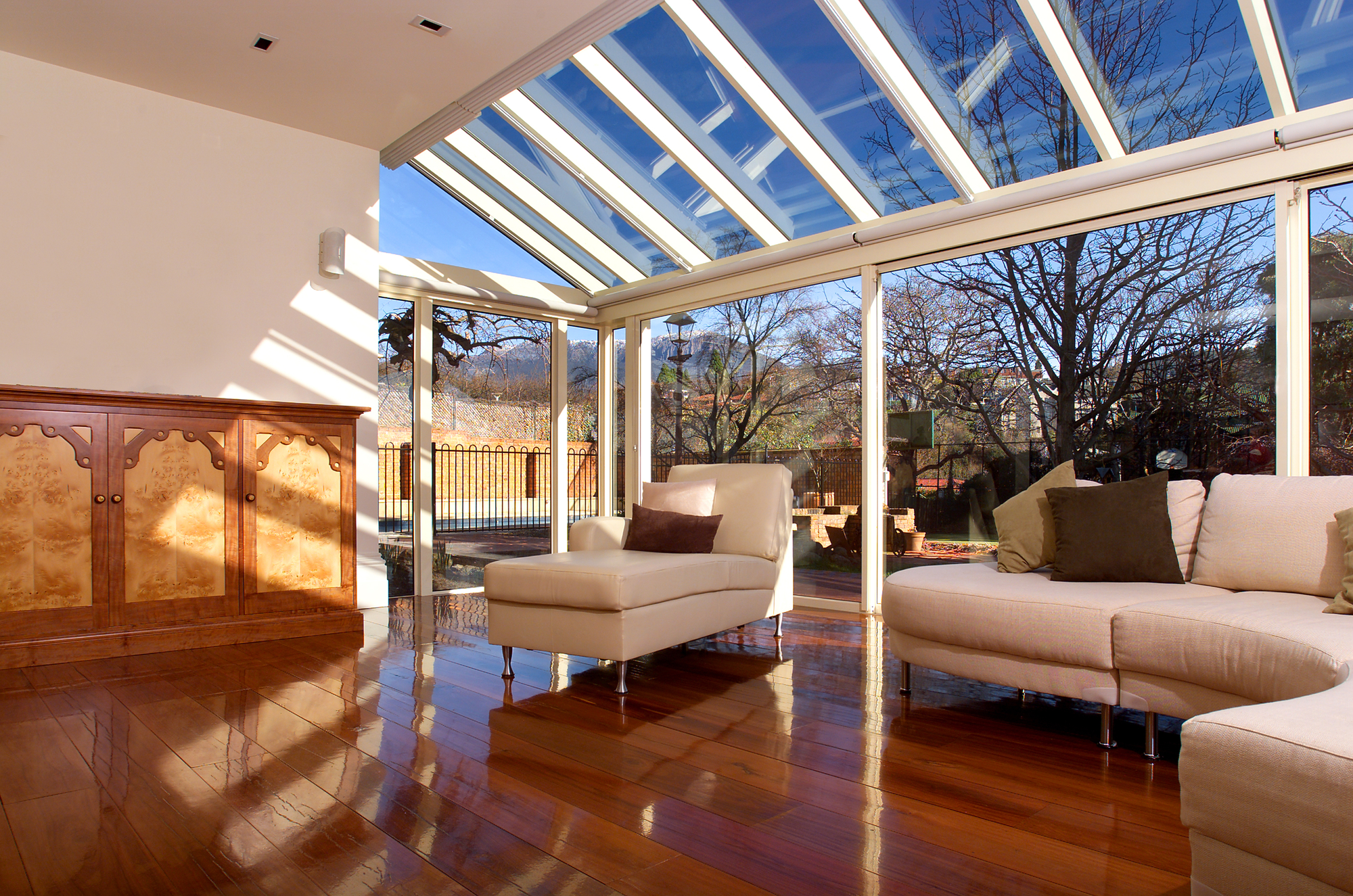 Residential skylights add light and value to your home for Verriere exterieure
