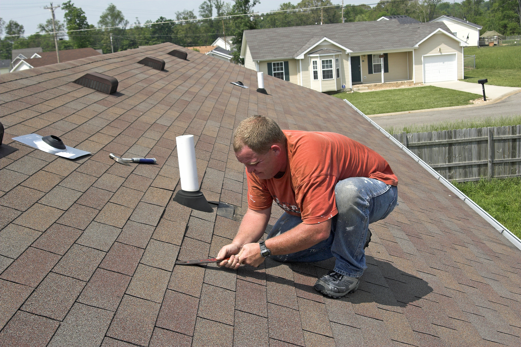 Roof Repair How To Find Amp Troubleshoot Leaks Emerald