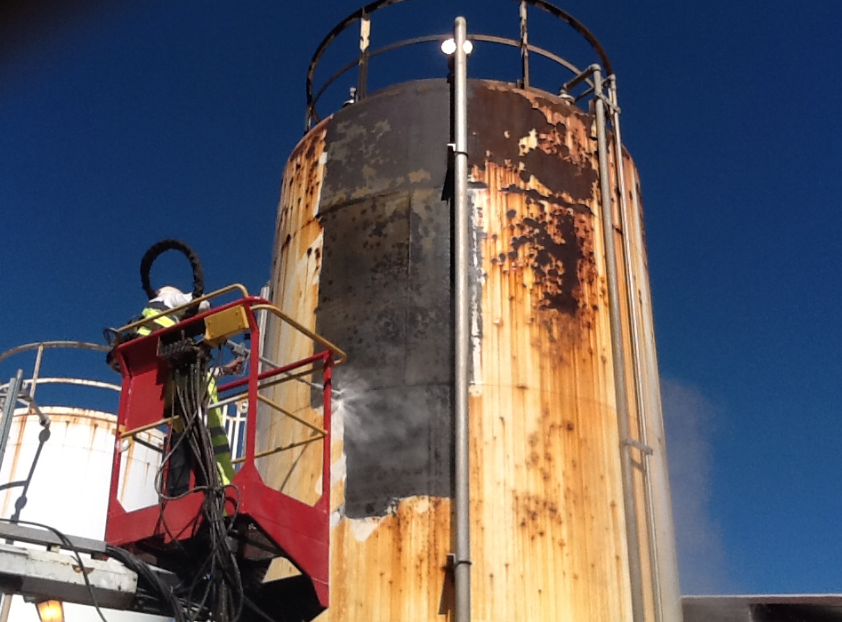 Water Tank Painting : Trust procoat painting for your water jetting tank