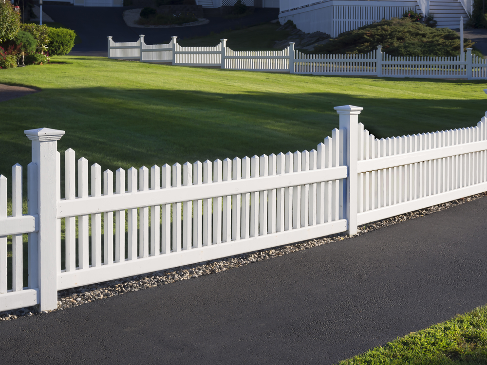Styles of vinyl fence for your property best