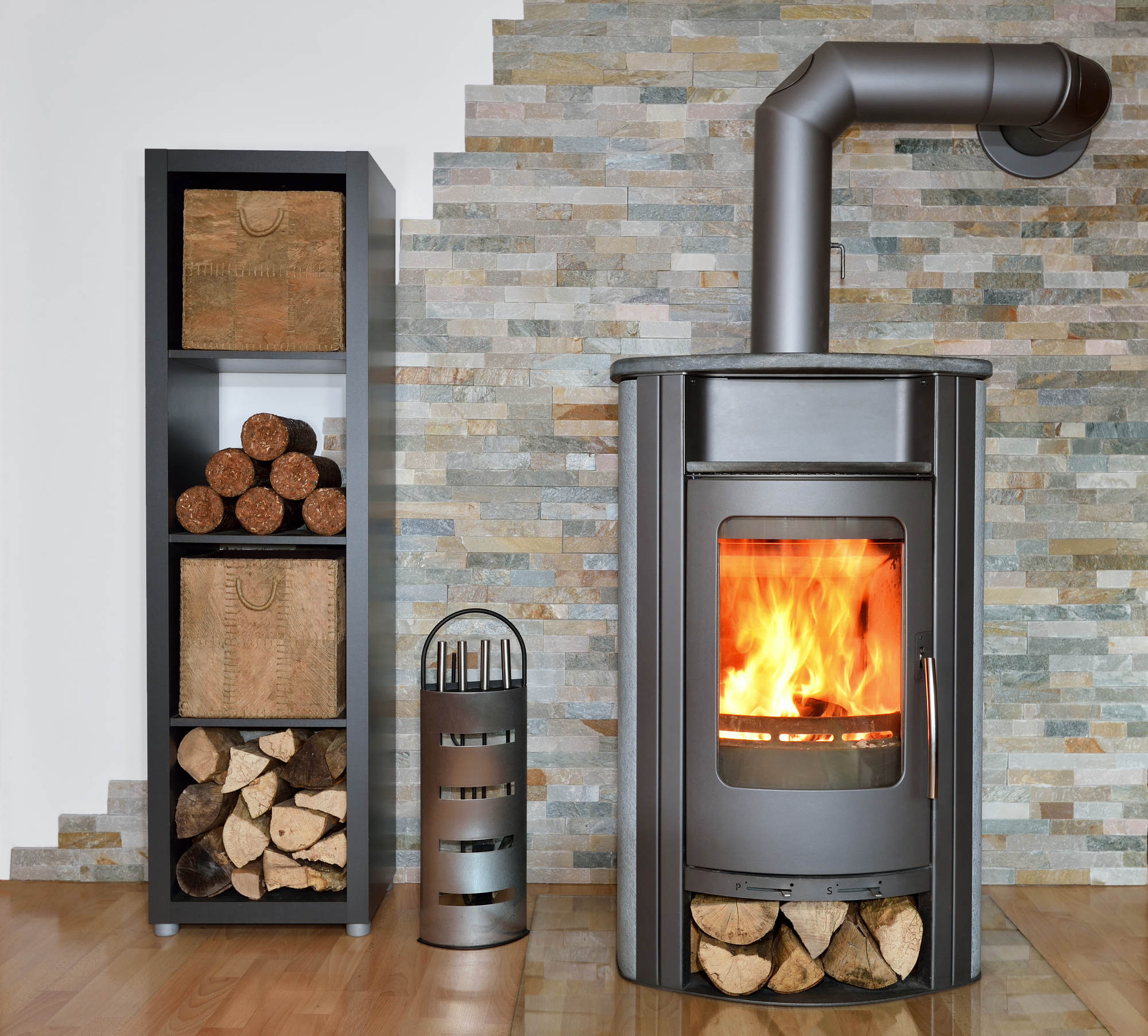 7 Reasons to Use a Wood Stove to Heat Your Home This Winter ...