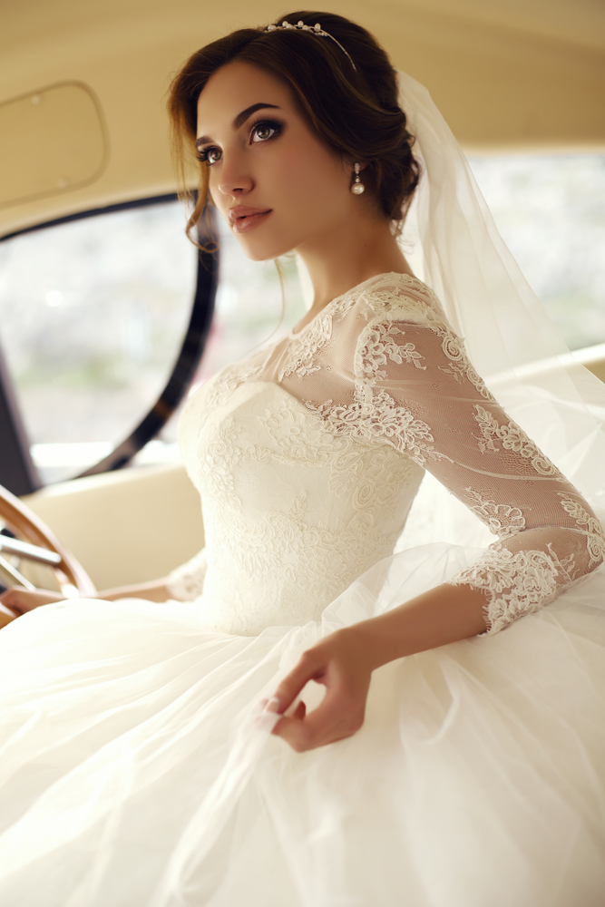 Pam beesly wedding dress