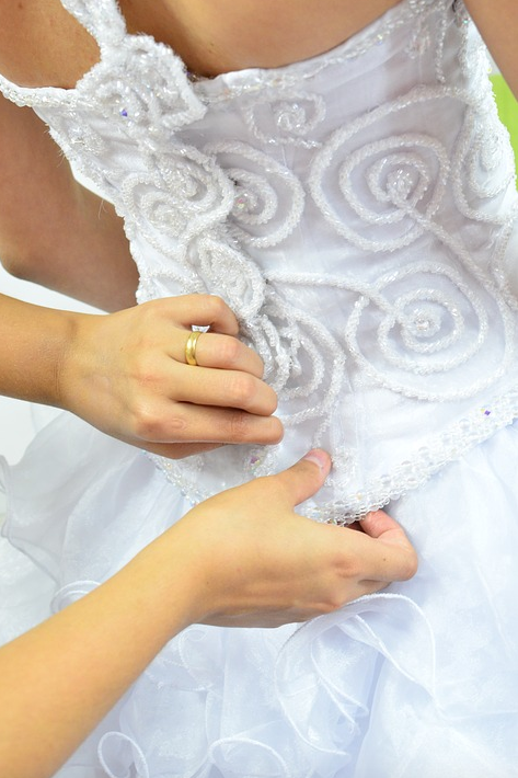 Choose 6 Avenue Tailor For Your Wedding Dress Alterations