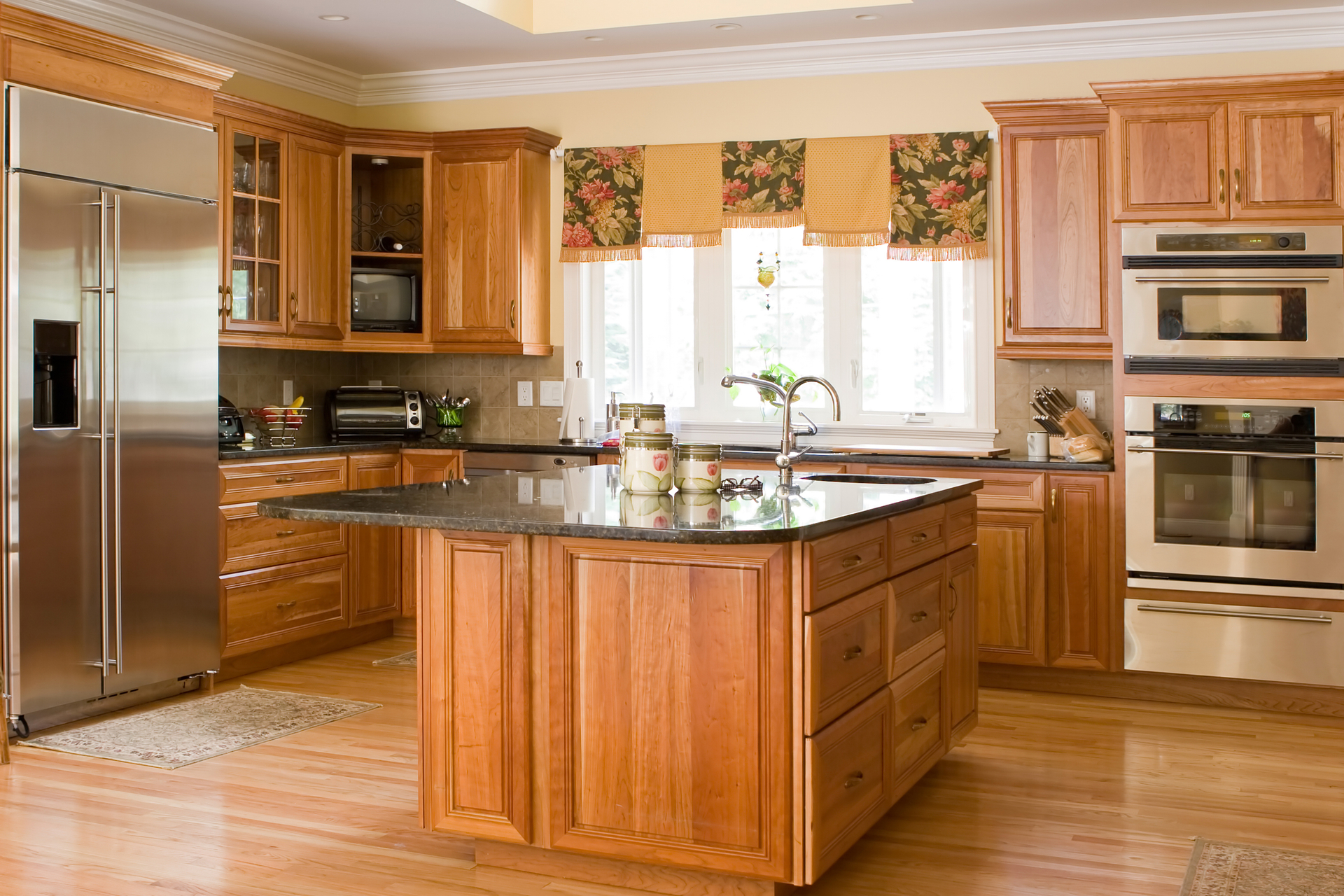 Choose materials for your spring project from cincinnati 39 s for Cincinnati kitchen cabinets