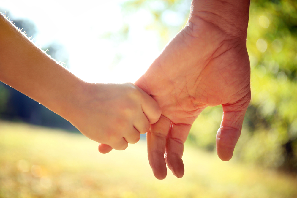 explain how to support children and One in 29 uk children will suffer the death of a parent - and our approach isn't   is particularly important when helping a child understand and cope with their grief   but how do you explain the death of a loved one to a child.