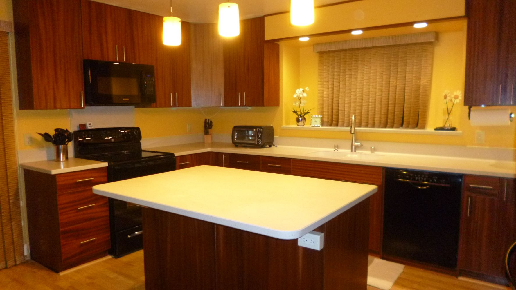 Check out the gallery of custom cabinets from hawaii s for Custom cabinets