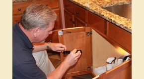 Cincinnati pest control service shares 3 ways to prevent a for Ant infestation in kitchen cabinets