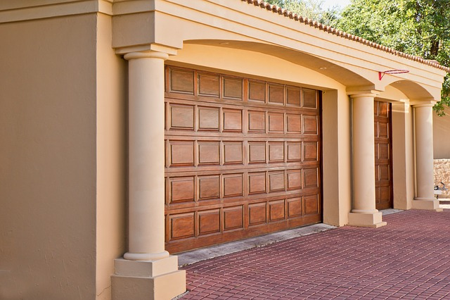 Before You Get Into Paint Colors Or Materials, You Need To Ask Yourself  What Your Goal For The Garage Door Is. Do You Prefer A Simple And Practical  Overhead ...