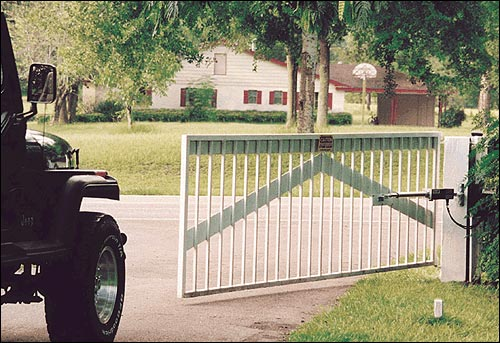 The Top 3 Reasons To Install An Automatic Gate System