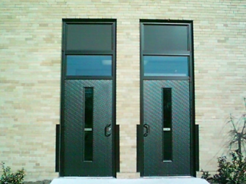 Keep Your Business Looking Good With Commercial Doors Glass From