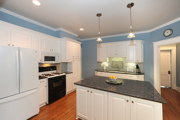 Kitchen remodeling ideas from the experts at aws for Local kitchen remodeling