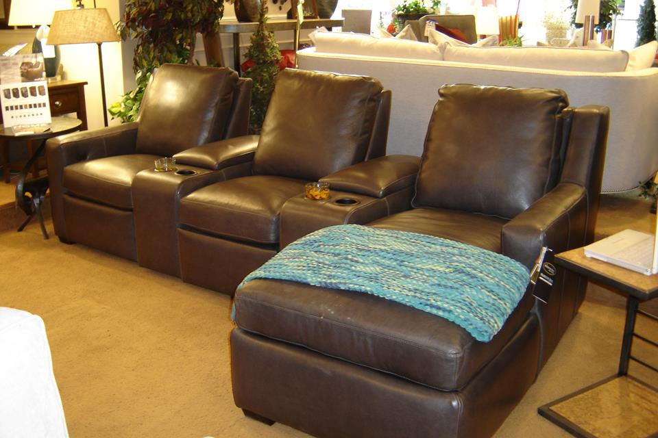 3 essential tips for maintaining your leather furniture for Furniture anchorage