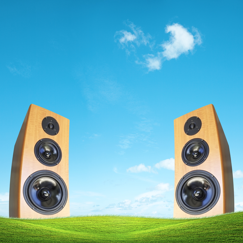 The Benefits of Blending Your Outdoor Sound System With ...