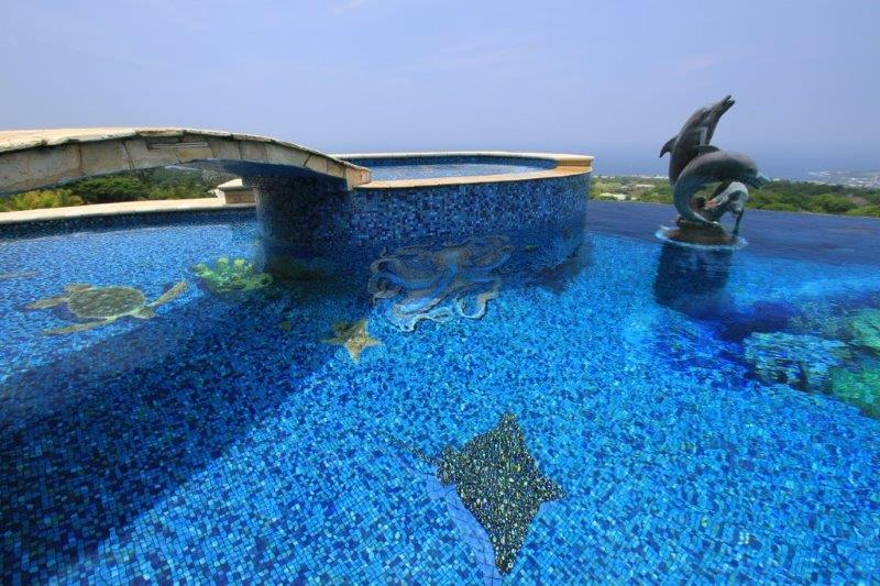 3 mosaic swimming pool designs to enhance your pool scv for Pool design basics