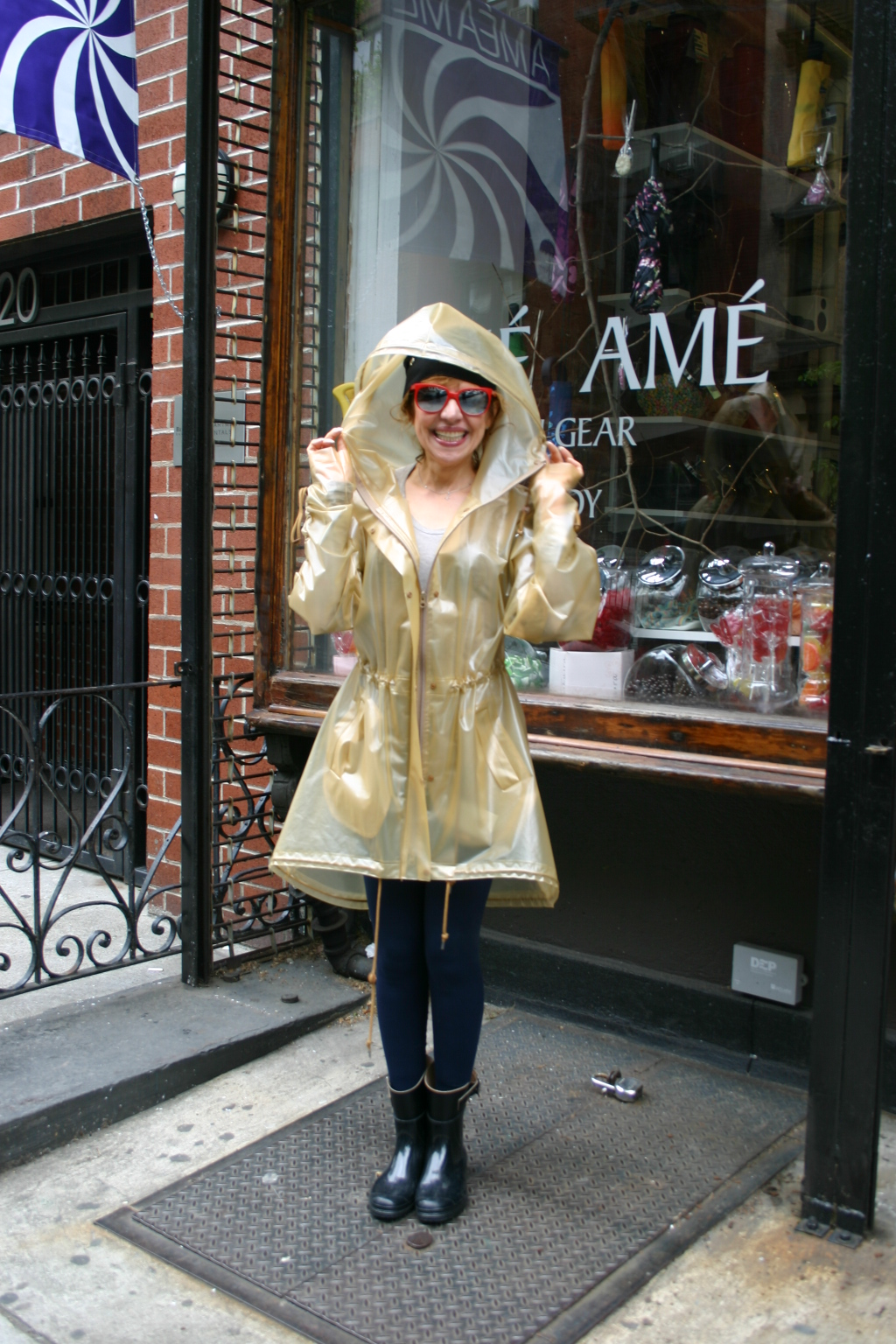 It 39 S Raining Nyc Time To Stock Up On Raincoats And Rain Boots Am Am Manhattan Nearsay