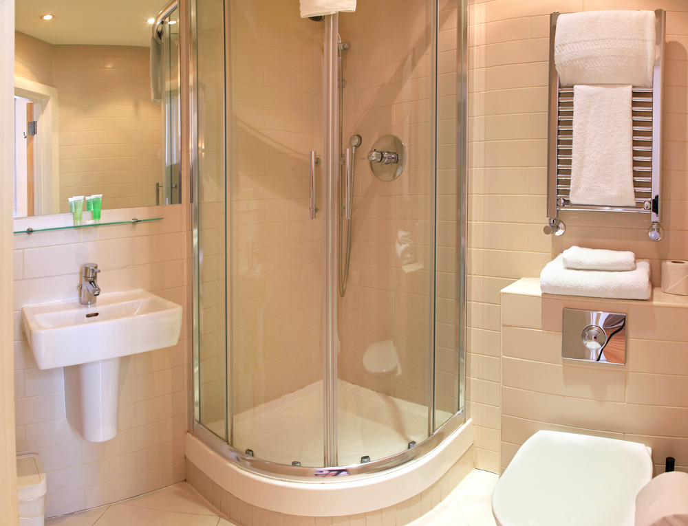 Residential Glass Repair Pros When To Repair Glass Instead Of - Bathroom shower door repair
