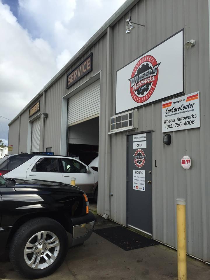 Local auto shops / Sorelle boston ma