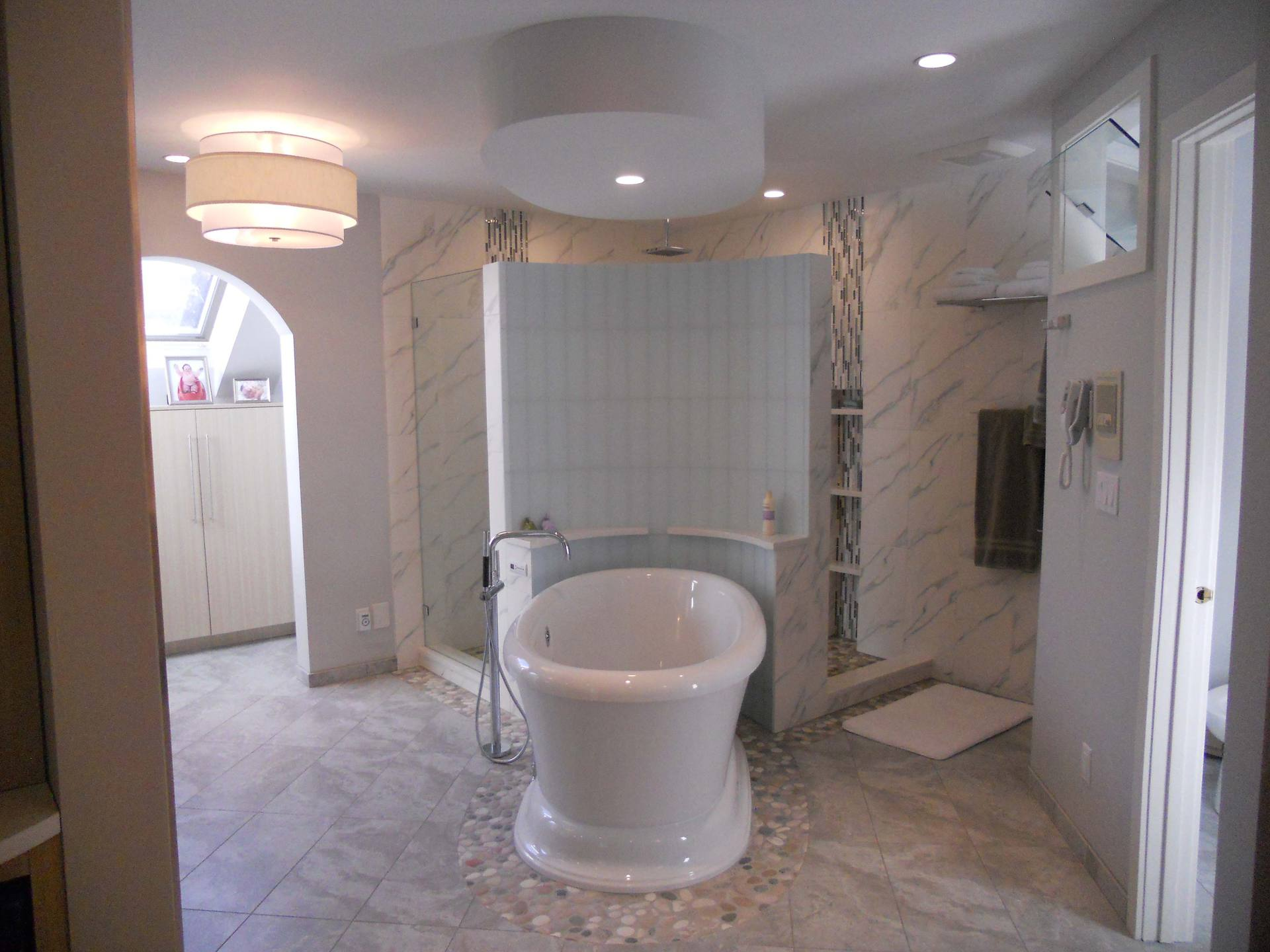 Rochester bathroom remodeling team compares the benefits Local bathroom remodeling