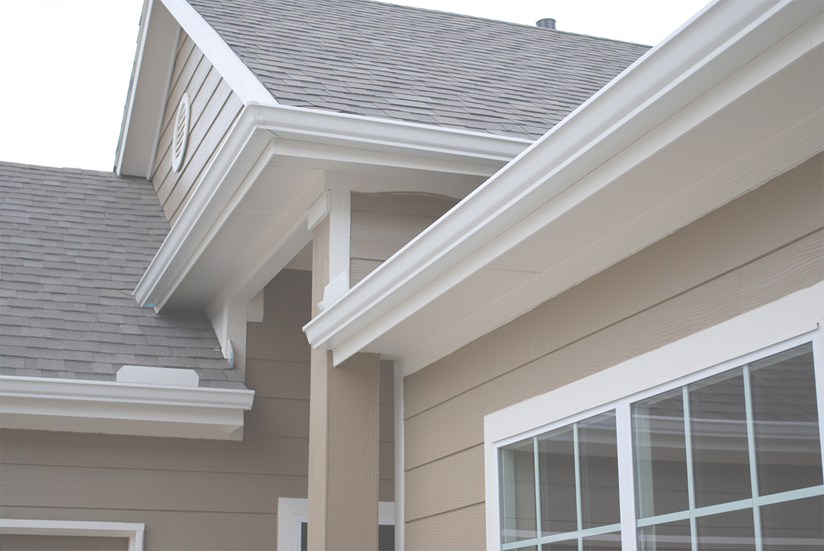 4 Advantages Of Adding Seamless Gutters To Your Roof
