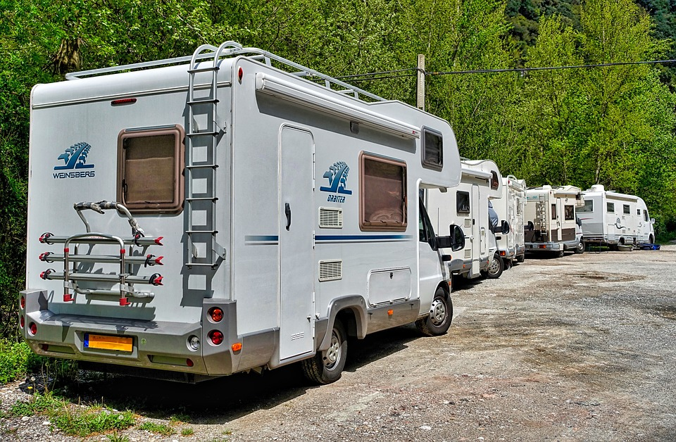 3 Essential Things To Consider Before Renting An RV