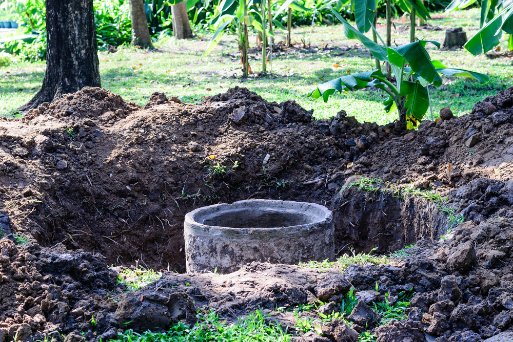 Backyard sewage plant the difference between a septic for Septic tank plumbing problems
