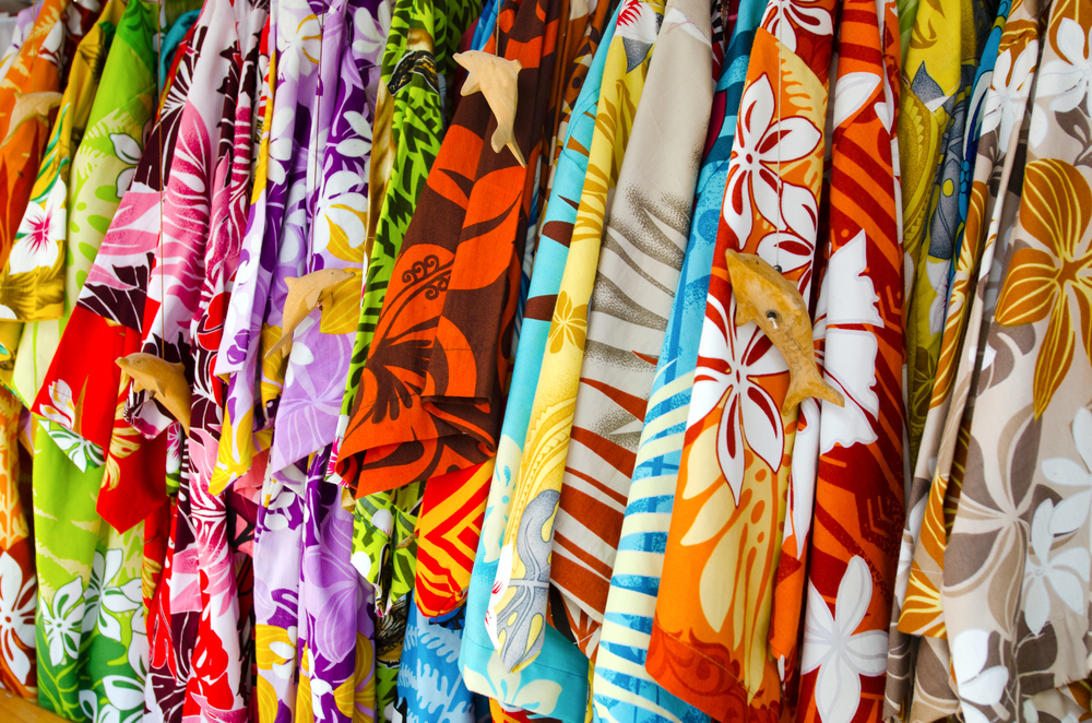 traditional hawaiian clothing