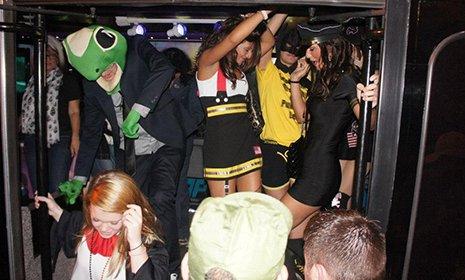 Dayton-OH-wedding-party-bus