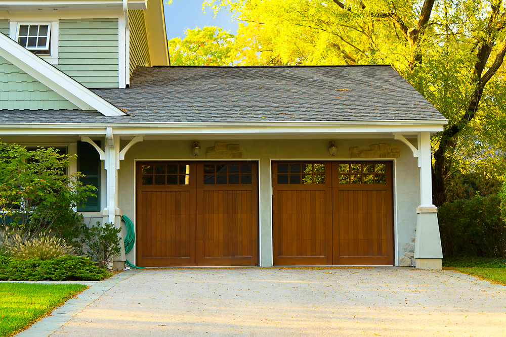 Westminster CO garage door & 3 Signs Your Garage Door Might Be Damaged - Quality Garage Door ... Pezcame.Com